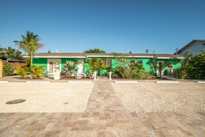 Satellite Beach Multi Family Home For Sale: 105 NE 3rd St #A-D