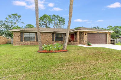 Palm Bay Single Family Home Backups: 1065 Lynbrook Street NW