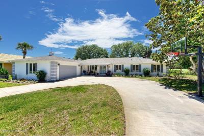Melbourne Single Family Home For Sale: 647 Doral Lane