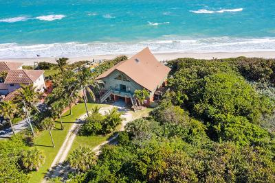 Melbourne Beach Single Family Home For Sale: 5679 S Highway A1a