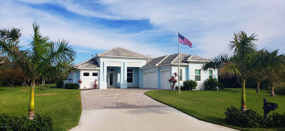 Melbourne Beach Single Family Home For Sale: 6231 Windward Lane