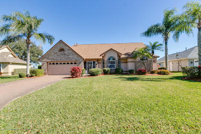 Melbourne Single Family Home For Sale: 1220 Cypress Trace Drive