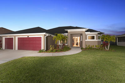 Palm Bay Single Family Home Contingent: 121 Via Catalano Court NE
