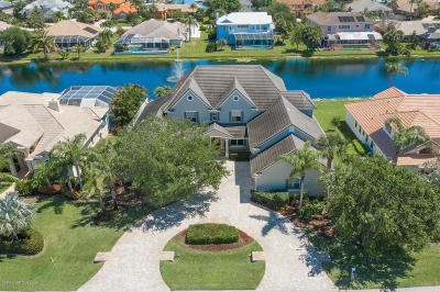 Satellite Beach Single Family Home For Sale: 383 Lanternback Island Drive
