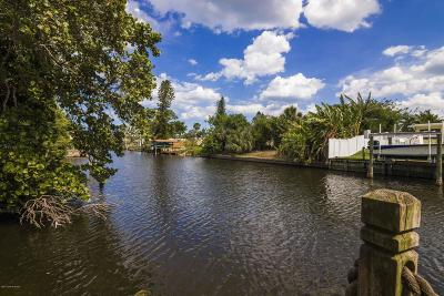 Satellite Beach Single Family Home For Sale: 364 W Arlington Street