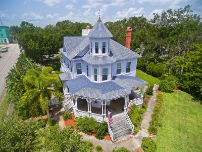 Melbourne Single Family Home For Sale: 1736 Pineapple Avenue