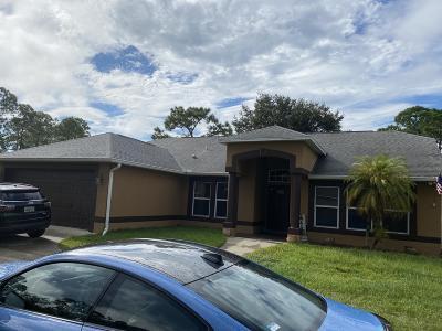 Palm Bay Single Family Home For Sale: 2772 Tolman Avenue SE