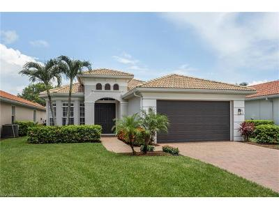 Naples Single Family Home For Sale: 5587 Lago Villaggio Way