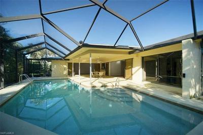 Naples Single Family Home For Sale: 590 Neapolitan Way