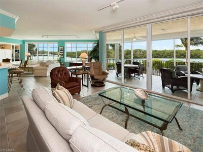 Naples Condo/Townhouse For Sale: 425 Dockside Dr #204
