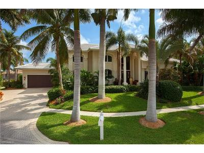 Marco Island Single Family Home For Sale: 730 Hull Ct