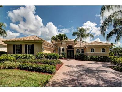 Estero Single Family Home For Sale: 22541 Glenview Ln