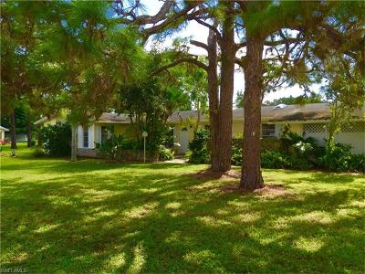 Bonita Springs Single Family Home For Sale: 18 2nd St