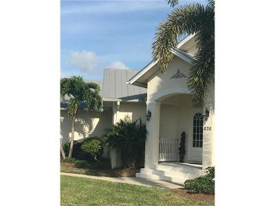 Marco Island Single Family Home For Sale: 535 Inlet Dr