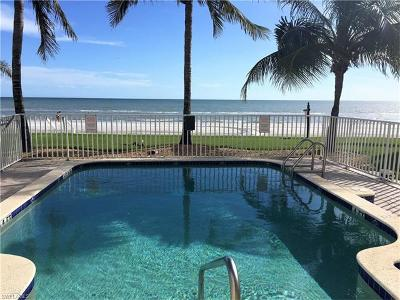 Fort Myers Beach Single Family Home For Sale: 261 Key West Ct