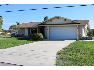 Cape Coral Single Family Home For Sale: 1818 SE 15th Ter