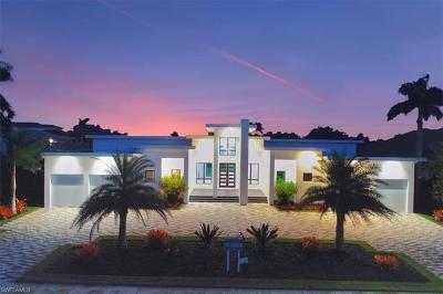 Marco Island Single Family Home For Sale: 831 Eubanks Ct