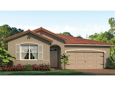 Cape Coral Single Family Home For Sale: 2977 Sunset Pointe Cir