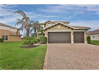 Naples Single Family Home For Sale: 6773 Del Mar Ter