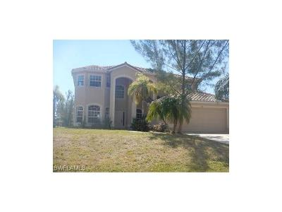 Cape Coral Single Family Home For Sale: 3520 SW 3rd Ter
