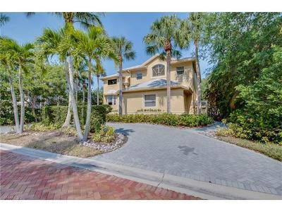 Bonita Springs Single Family Home For Sale: 61 Southport Cv