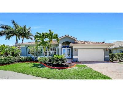 Fort Myers Single Family Home For Sale: 8324 Southwind Bay Cir