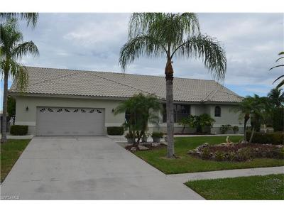 Marco Island Single Family Home For Sale: 968 Hunt Ct