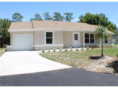 Naples Single Family Home For Sale: 140 SW 27th St