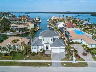 Marco Island Single Family Home For Sale: 1894 Honduras Ave