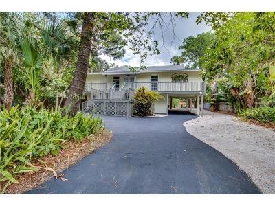 Naples Single Family Home For Sale: 3105 Basin St