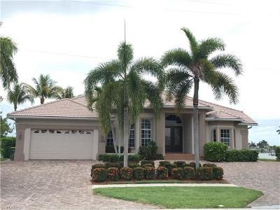 Marco Island Single Family Home For Sale: 1600 Windmill Ave