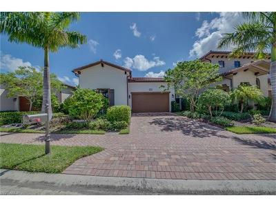 Naples Single Family Home For Sale: 7912 Cordoba Pl