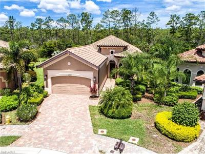 Fort Myers Single Family Home For Sale: 8339 Adelio Ln