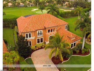Fort Myers Single Family Home For Sale: 8850 Tropical Ct