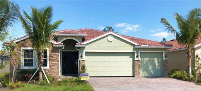 Fort Myers Single Family Home For Sale: 3161 Royal Gardens Ave