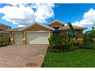 Cape Coral Single Family Home For Sale: 3037 Sunset Pointe Cir