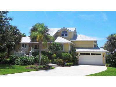 Bonita Springs Single Family Home For Sale: 82 Southport Cv