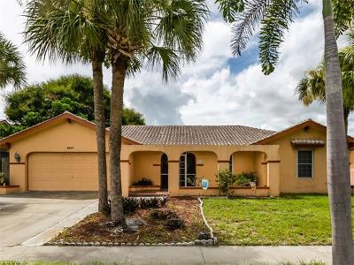 Marco Island Single Family Home For Sale: 1337 N Collier Blvd
