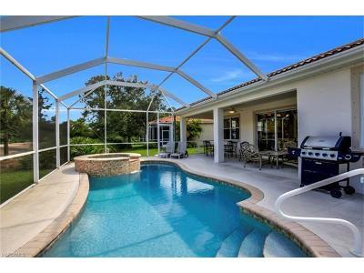 Naples Single Family Home For Sale: 5608 Lago Villaggio Way