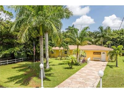 Naples Single Family Home For Sale: 5229 Cypress Ln