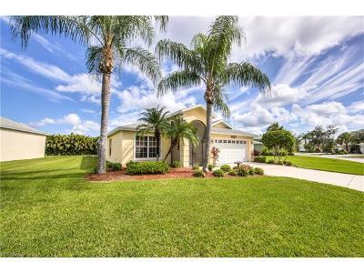Estero Single Family Home For Sale: 11555 Woodmount Ln