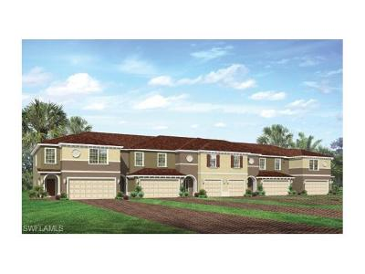 Fort Myers Condo/Townhouse For Sale: 12123 Palm Cove St