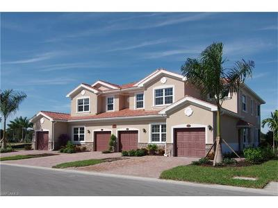 Fort Myers Condo/Townhouse For Sale: 18243 Creekside Preserve Loop #102