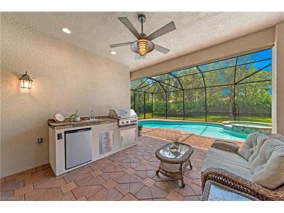 Naples Single Family Home For Sale: 3255 Pacific Dr