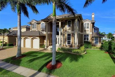 Marco Island Single Family Home For Sale: 830 Partridge Ct