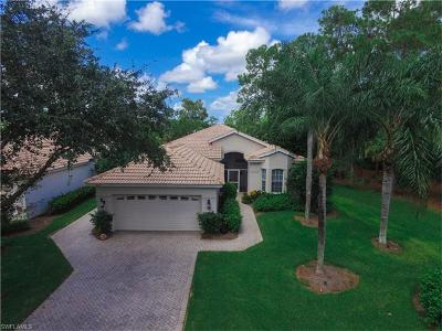 Naples Single Family Home For Sale: 8719 Gleneagle Way