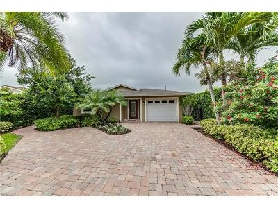 Naples Single Family Home For Sale: 561 N 92nd Ave