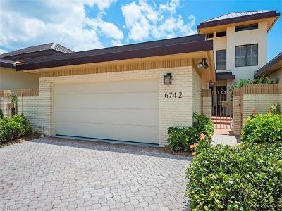 Single Family Home For Sale: 6742 Pelican Bay Blvd