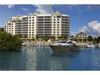 Naples Condo/Townhouse For Sale: 13675 Vanderbilt Dr #510