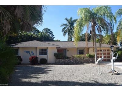 Bonita Springs Single Family Home For Sale: 32 8th St